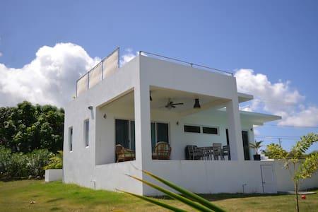 Brand new, modern, beautiful 1 bedroom villa - Barnes Ghaut - Casa de camp