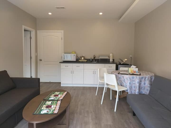 Spacious, new private South San Francisco home