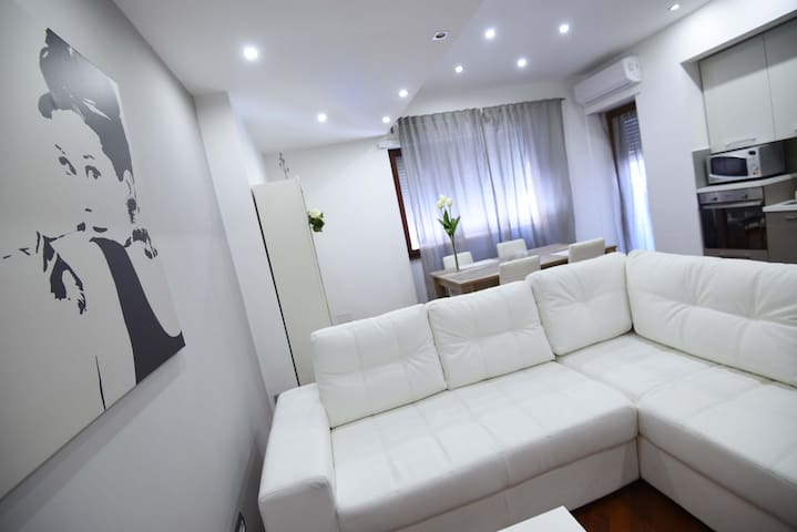 CENTRAL APARTMENT - Sabrina's House - Civitavecchia - Appartement