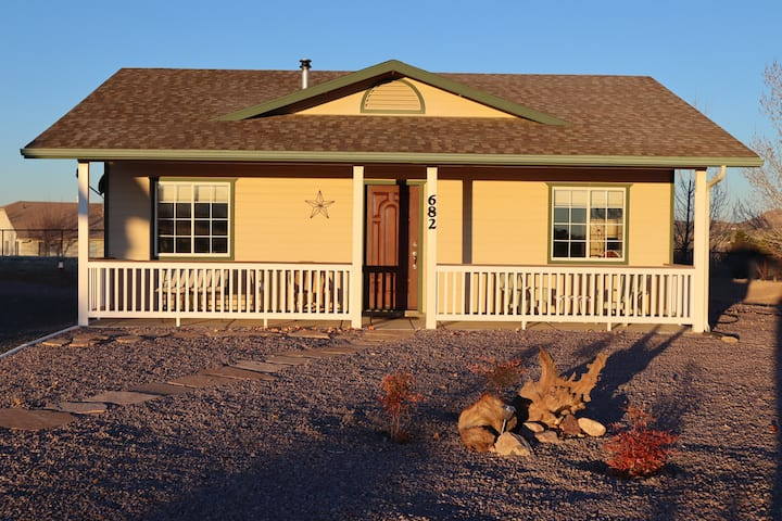Antelope Run Country Cottage in Chino Valley