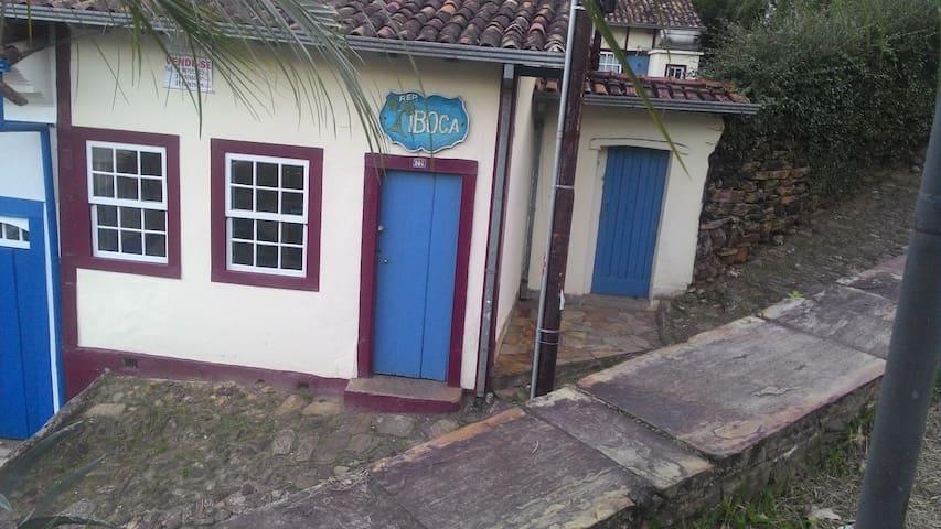 Hospedagem República tradicional de Ouro Preto.