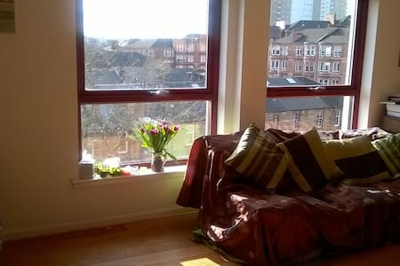 Double room in penthouse flat - Apartment