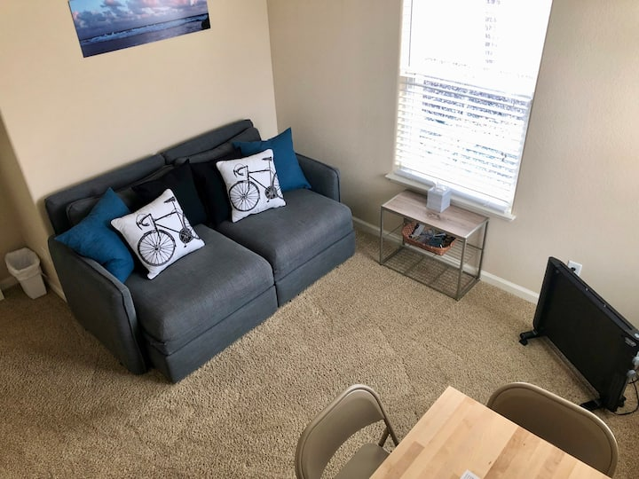 Private suite in south Reno, easy access to Tahoe!