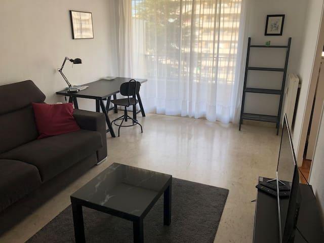A la Timone,  un studio spacieux et confortable !