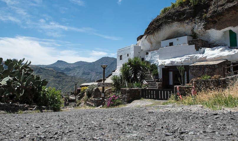 Cave House Las Maguadas