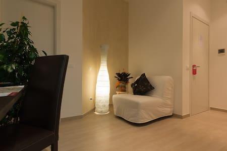 B&B Trevi Fountain's Room in Rome - Bed & Breakfast