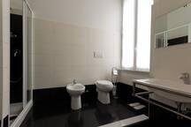 Piazza Navona Bathroom