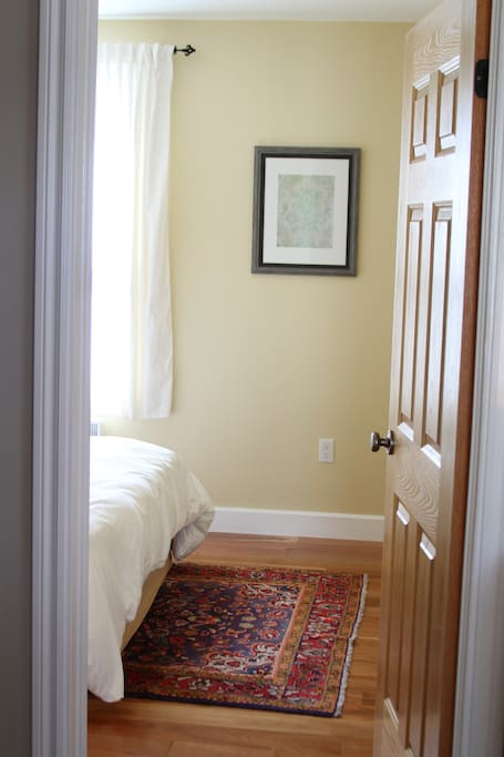 Western facing bedroom has great light and queen sized bed