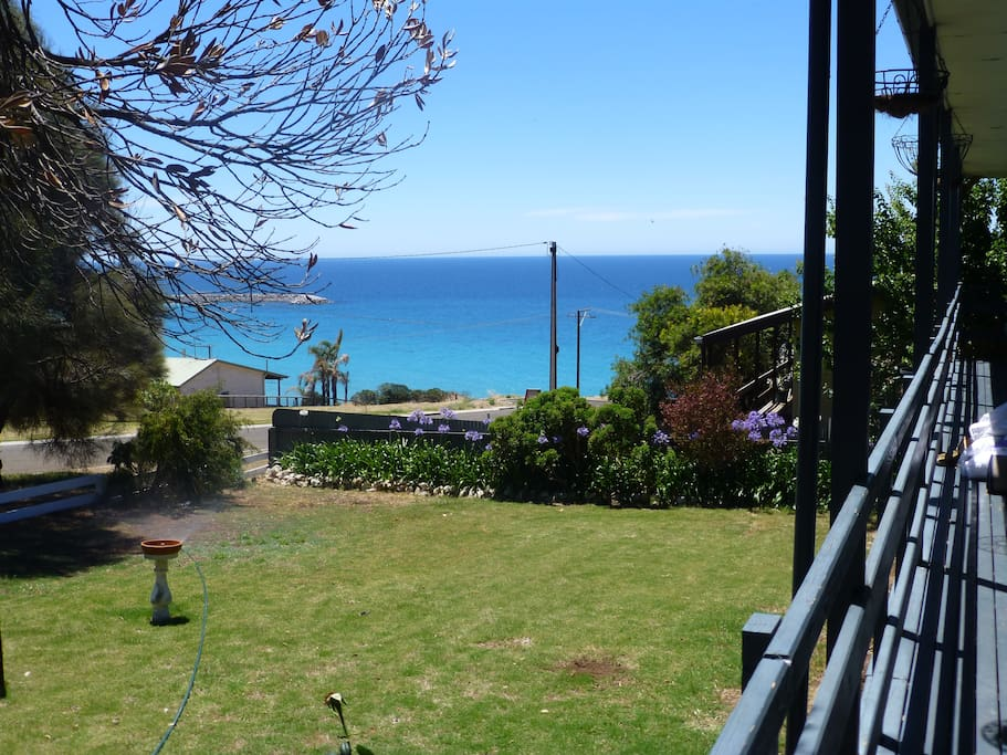 Lovely sea views from front yard