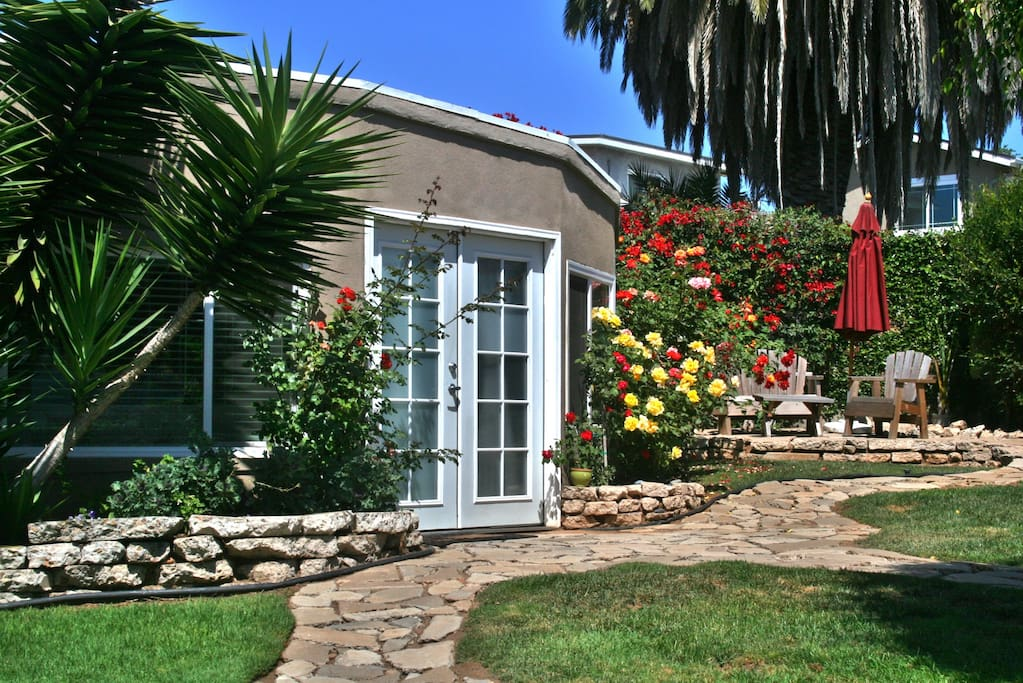 mission bay cottage san diego houses for rent in san diego california united states. Black Bedroom Furniture Sets. Home Design Ideas