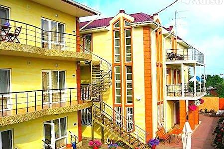 Семейный отдых на Черном море.Отель - Willa