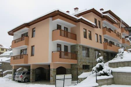 Krasi Apartments in Zornitsa Comple - Stoykite - Apartment