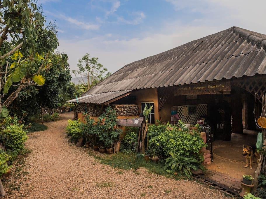 Kasalong house