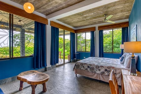 Ananda - Luxury Suite views, porch, share kitchen
