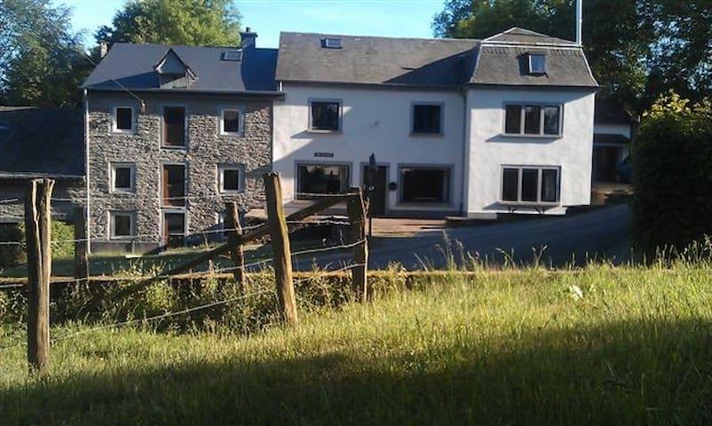 Buitengewoon in de Ardennen (24 P.) - Gouvy - Haus