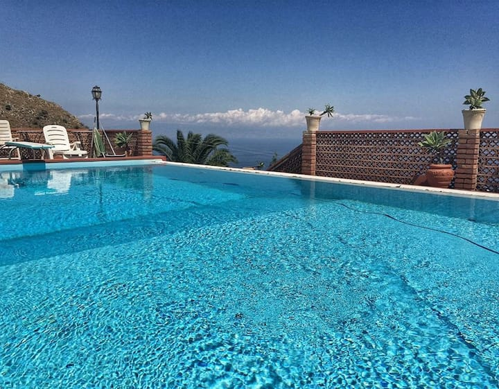 Villa Branco  Welness in the heart of Taormina