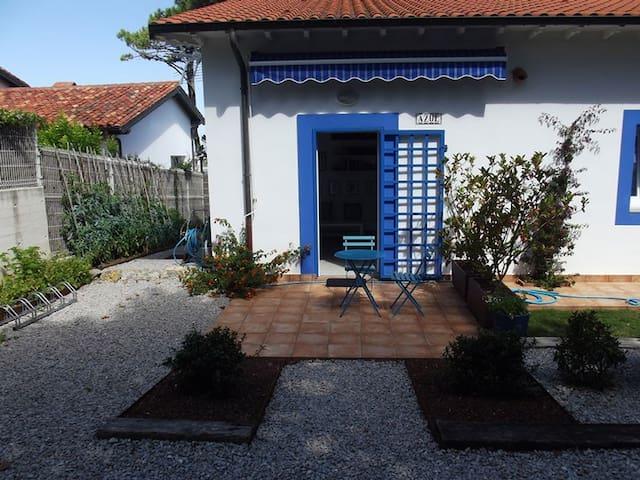 Confortable casa en playa de Latas - Loredo - House