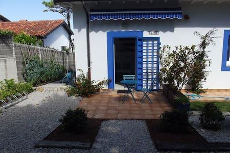 Confortable casa en playa de Latas - Loredo