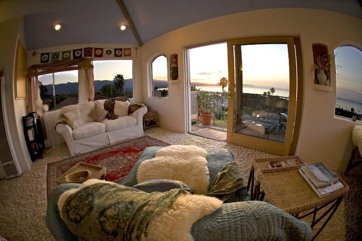 Casa Sonrisa, Stunning Views,  Beach, Restaurants