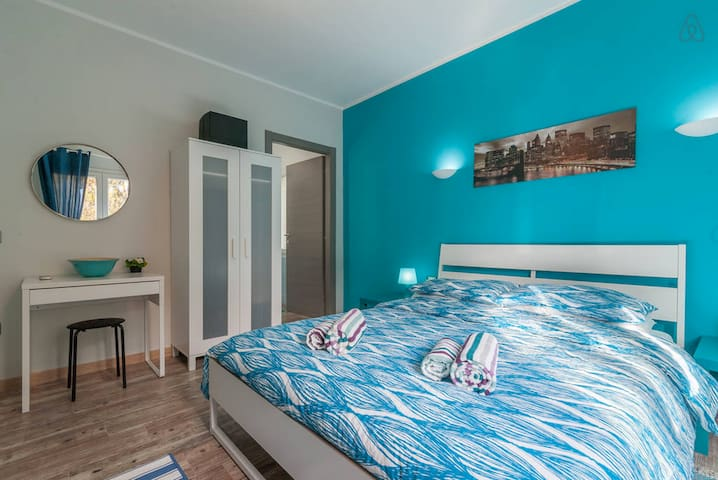 Comfy triple room at Country&Beach