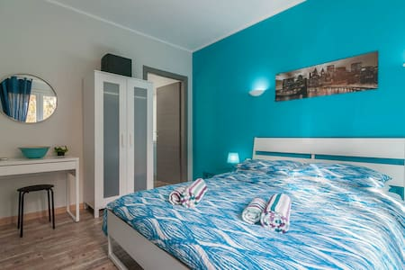 Comfy triple room at Country&Beach - Capoterra - Bed & Breakfast