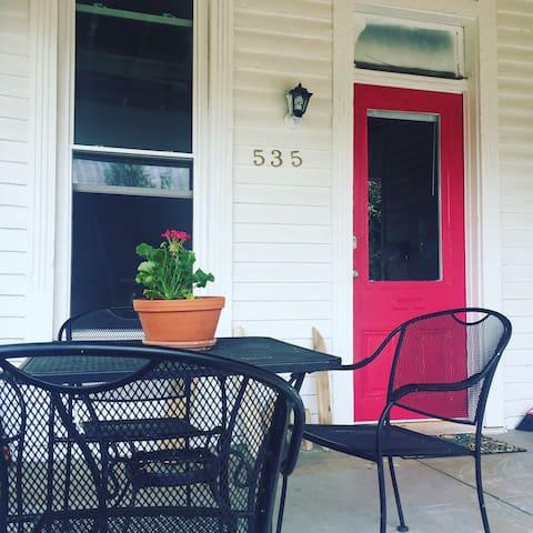 Zane Street Studio - Louisville - Apartment