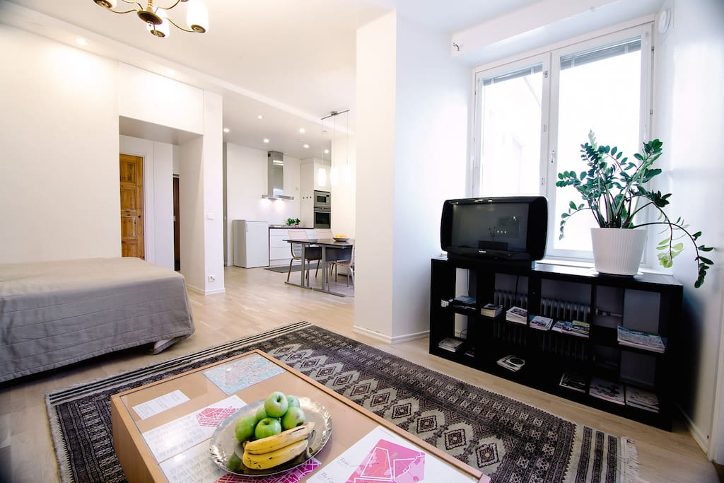 Spacious flat in the very center