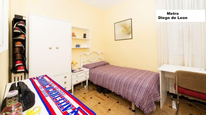 Estudiantes habitacion segura wifi apartamentos en alquiler en madrid comunidad de madrid - Habitacion para estudiantes en madrid ...