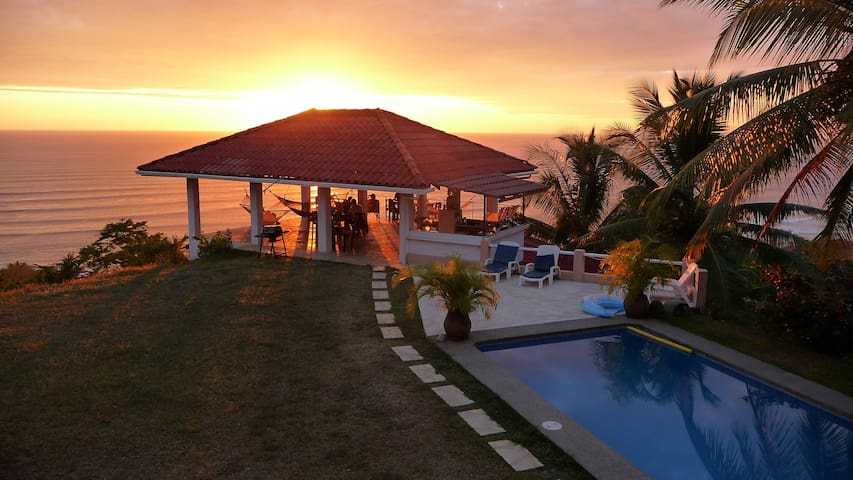 Nido de Aguila - Santa Teresa Beach - House
