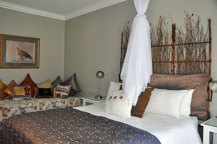 Tenikwa Lodge Queen 3