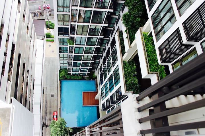 NEW!! 1 Bedroom Apartment next to BTS+Wifi+Pool - Bangkok
