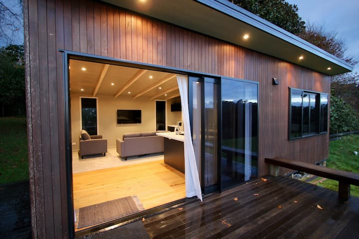 River View Cottage AKA Léo's house👍