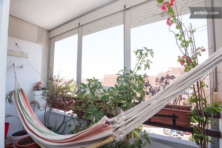 Bright Room with Bike & Breakfast - Siviglia - Bed & Breakfast