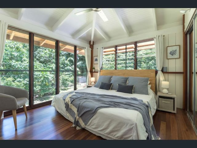 Beautiful timber pole home in Cape Tribulation