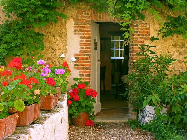 Cottage Les Glycines, Loire Valley - Conflans-sur-Anille - อพาร์ทเมนท์