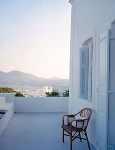 AMAZING VIEW - Villa in Plaka - Plaka - บ้าน