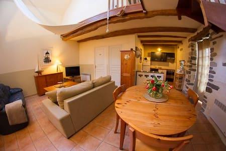 Appartement 2 chambres sur cour - Mont-Dol