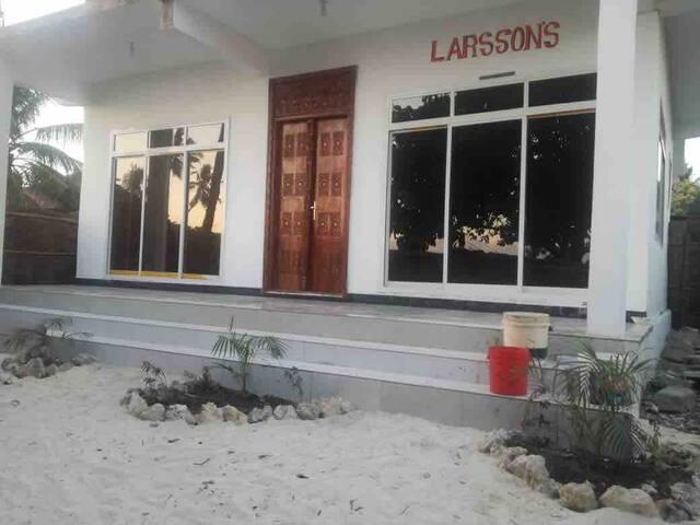 Larsson's