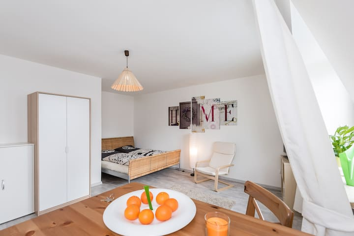 Beautiful cozy studio apartment - München