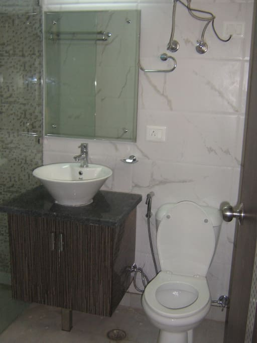 Highly modern Washroom