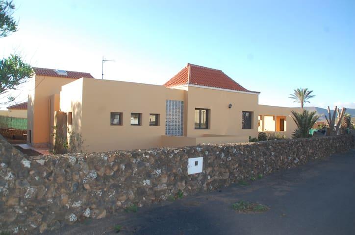 SIMON&SIMON VILLAVERDE - Villaverde la Oliva - Huis