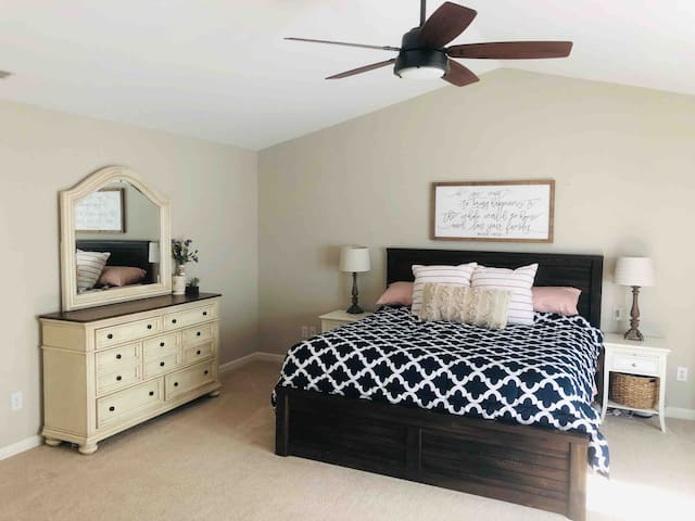 Master bedroom w/ King size bed.