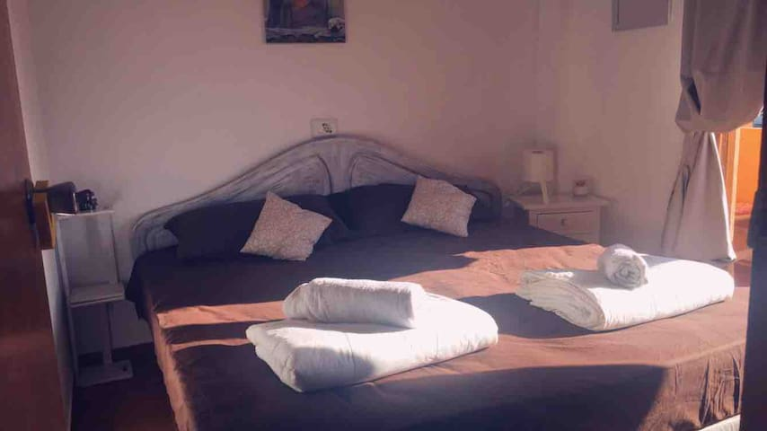 IBIZA*NEAR SEA*TERRACE*DOUBLE BED