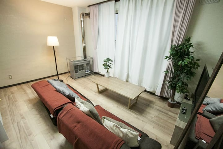5 bed rooms!!/Max11ppl/Free Parking/WIFI
