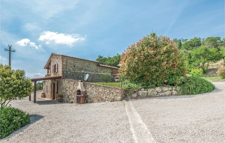 Holiday cottage with 2 bedrooms on 50m² in Volterra PI