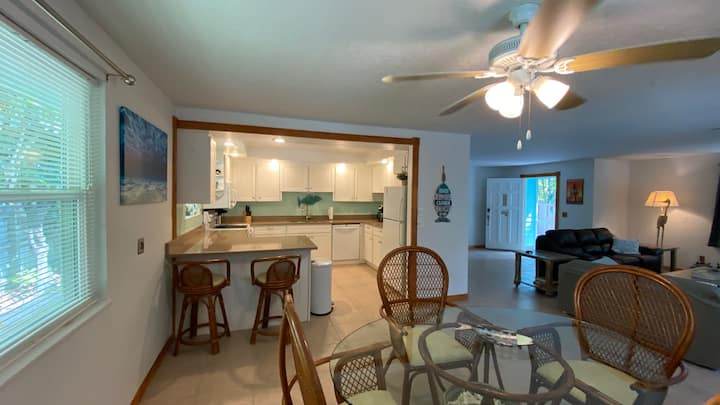 Entire house on Manatee Pocket , slips available!!