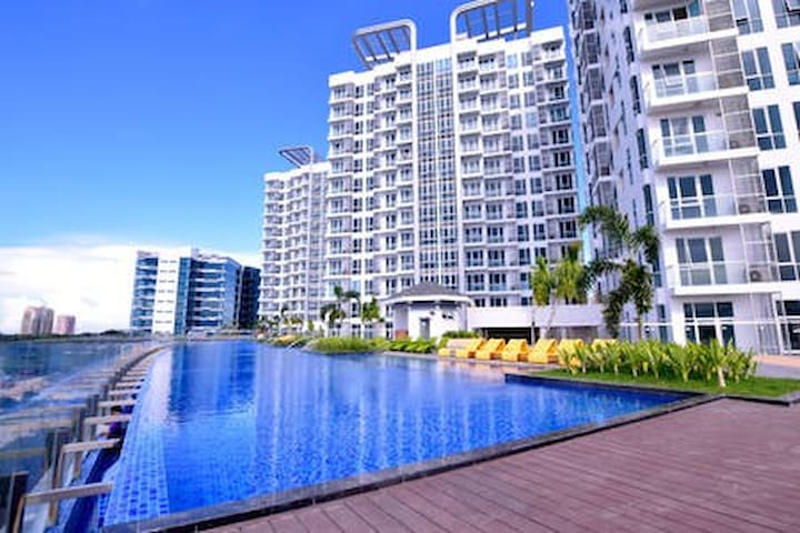 Affordable Studio A -Mactan New Town Condo