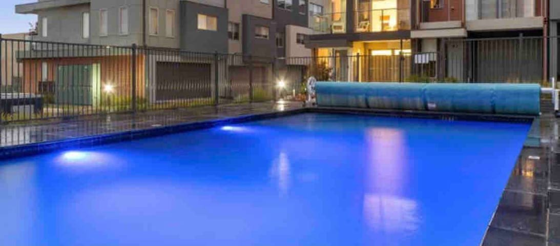 Gorgeous communal pool 15 meters away from the front door.
