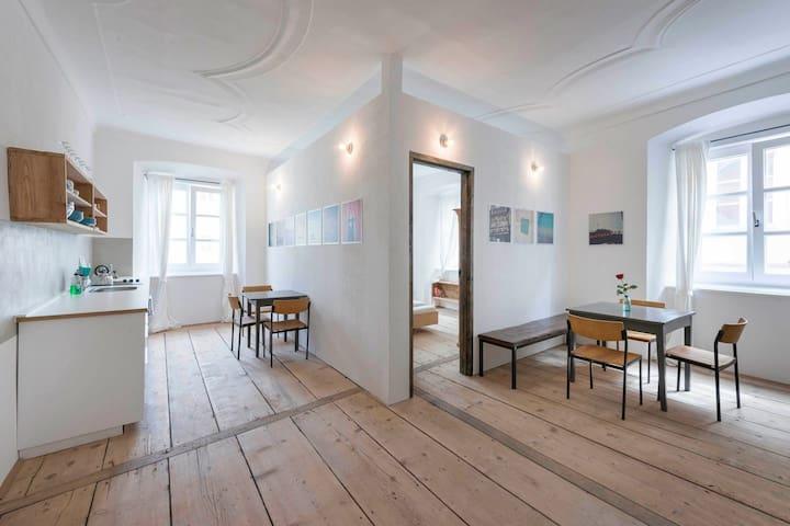 Unsere 2 Zimmer Appartment mit Küche und Bad