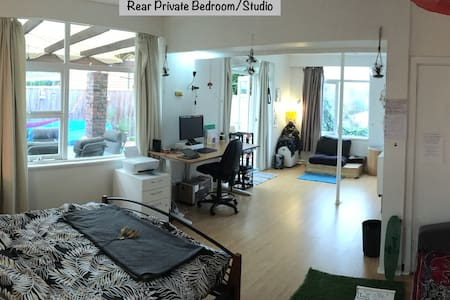 Studio Villa - Mosman Park